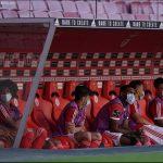 Benfica ขวางด้วยก้อนหิน หลังเกมแรกกลับมาเป็นผู้เล่น สองคนที่ได้นับบาดเจ็บ